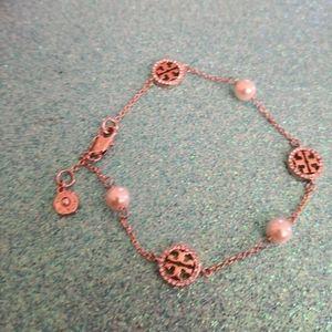 Bracelet.Tory Burch.